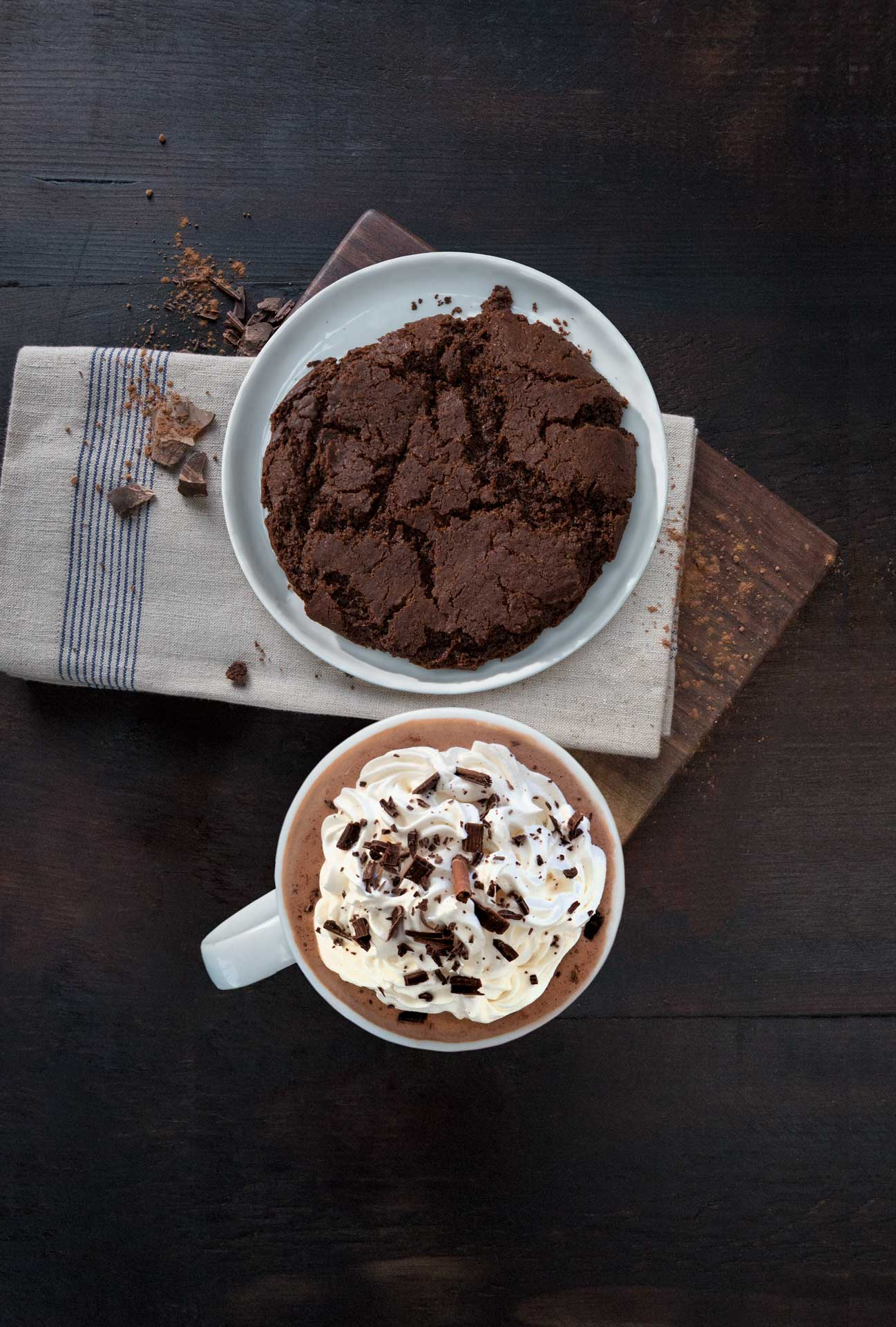 Food photography hot chocolate cookie